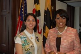 Girl Scout Brianna with Mayor Rawlings Blake