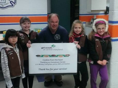 Troop 2 Delivers Cookies from the Heart 5
